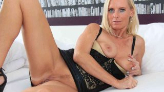 Alle Sex Pornos von Dirty Tina
